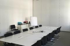 Innenausbau des Konferenzraums